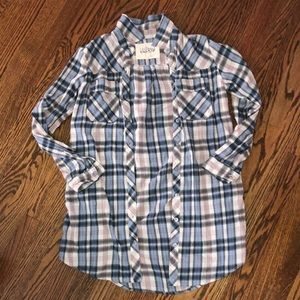 Women's oversized button down flannel. Small